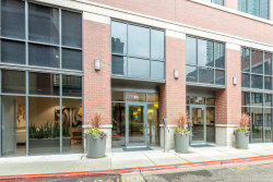 Photo of 330 N Jefferson Street, Unit Number 2006, Chicago, IL 60661 (MLS # 10769904)