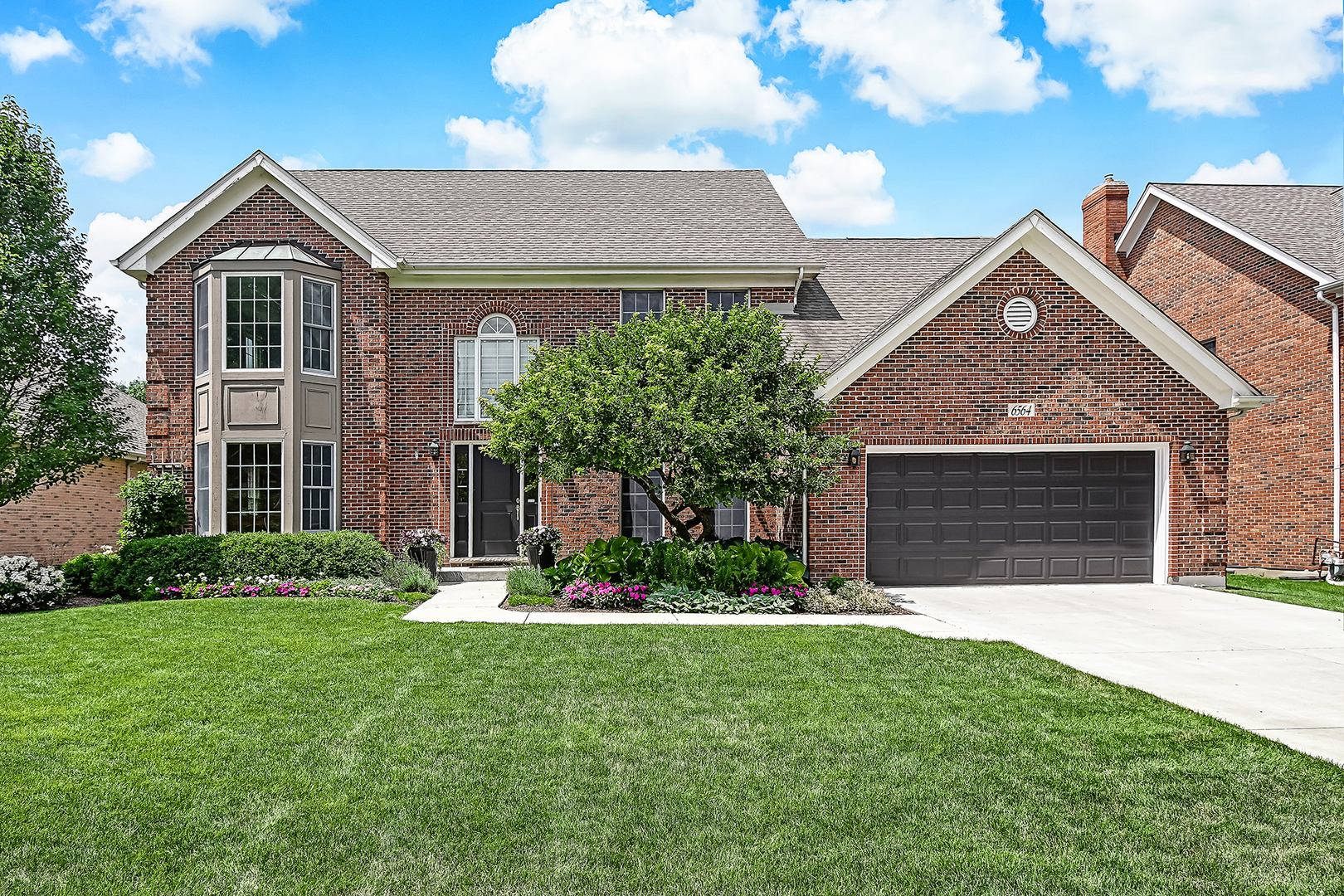 Photo for 6564 Berrywood Drive, Downers Grove, IL 60516 (MLS # 10799259)