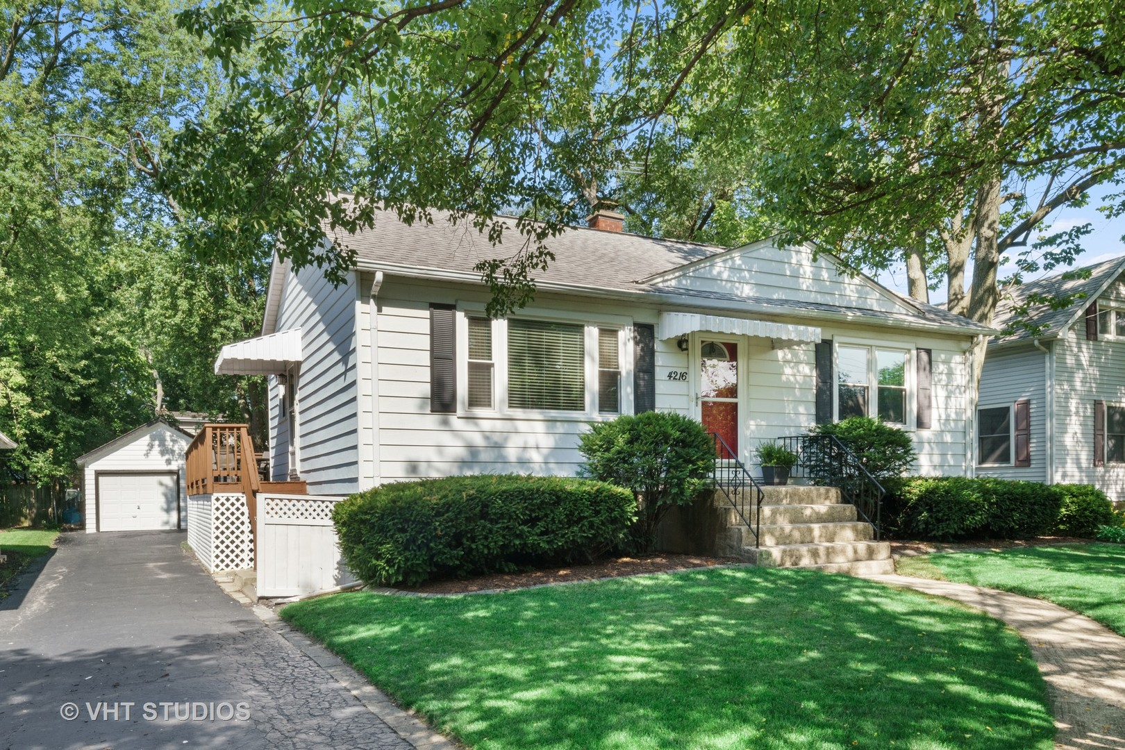 Photo for 4216 Earlston Road, Downers Grove, IL 60515 (MLS # 10801026)
