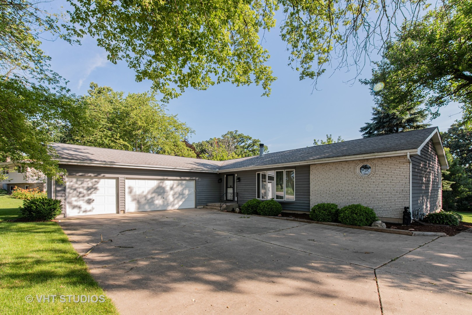 Photo for 37W100 Il Route 72, Dundee, IL 60118 (MLS # 10806418)