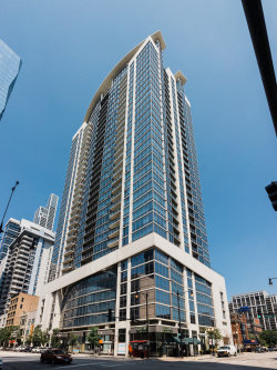 Photo of 100 E 14th Street, Unit Number 1607, Chicago, IL 60605 (MLS # 10809716)