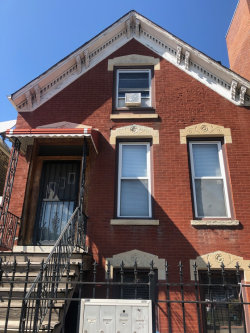 Photo of 1624 W Beach Avenue, Chicago, IL 60622 (MLS # 10811612)