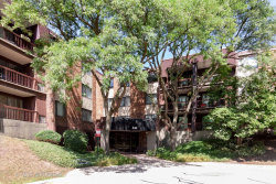 Photo of 440 Raintree Court, Unit Number 3B, Glen Ellyn, IL 60137 (MLS # 10815175)