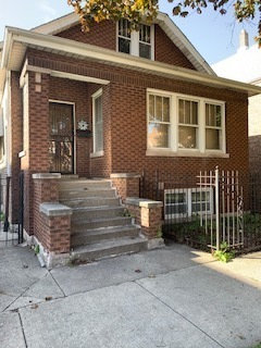 Photo of 3728 S Honore Street, Chicago, IL 60609 (MLS # 10815441)