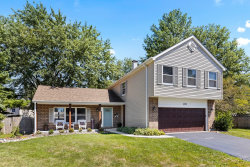 Photo of 2031 S Valley Road, Lombard, IL 60148 (MLS # 10817274)