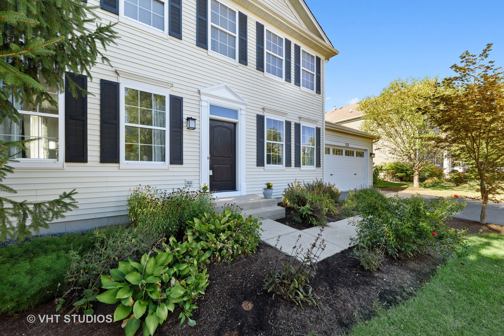 Photo for 333 Foxford Drive, Cary, IL 60013 (MLS # 10817311)