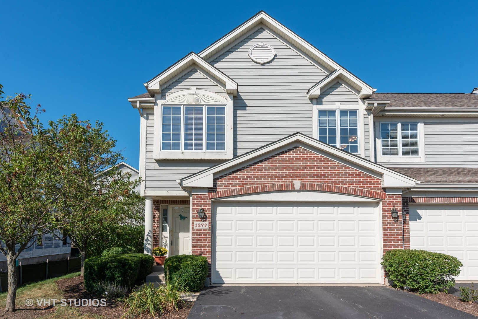 Photo for 1277 Westlake Drive, Cary, IL 60013 (MLS # 10829723)