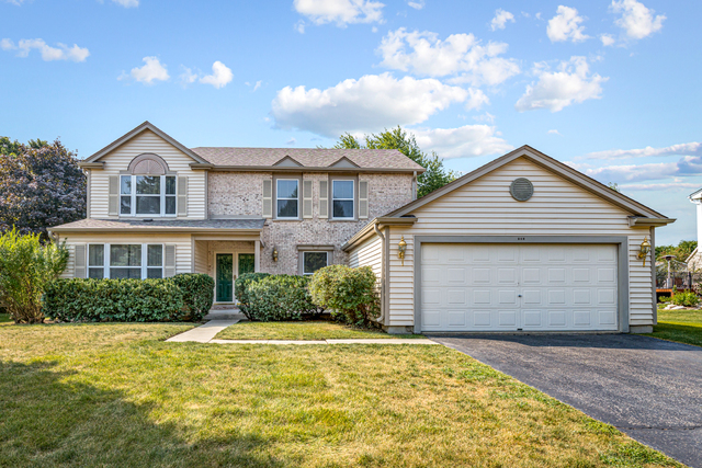 Photo for 971 Woodbridge Drive, Cary, IL 60013 (MLS # 10835209)