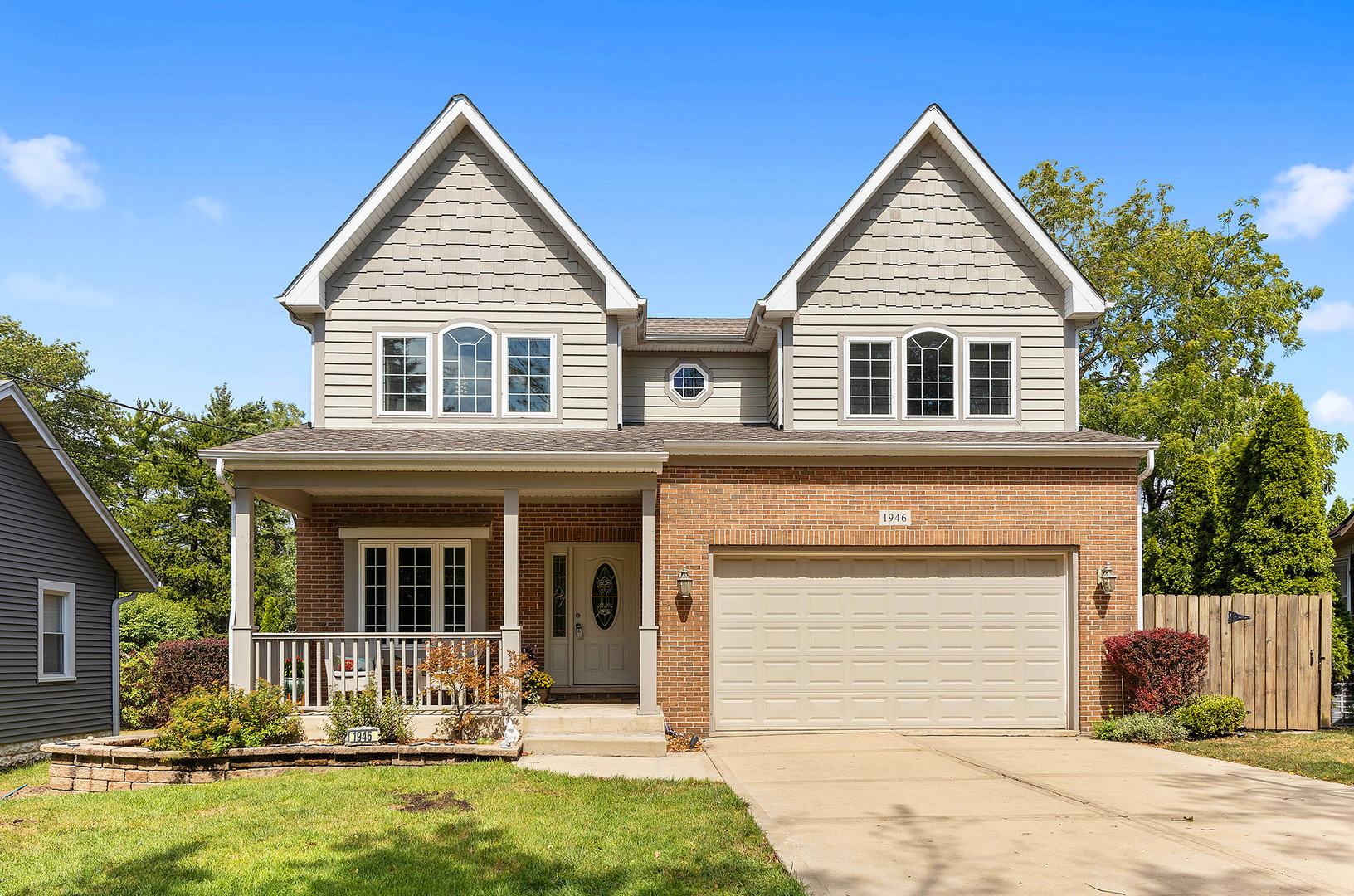 Photo for 1946 Hitchcock Avenue, Downers Grove, IL 60515 (MLS # 10847705)