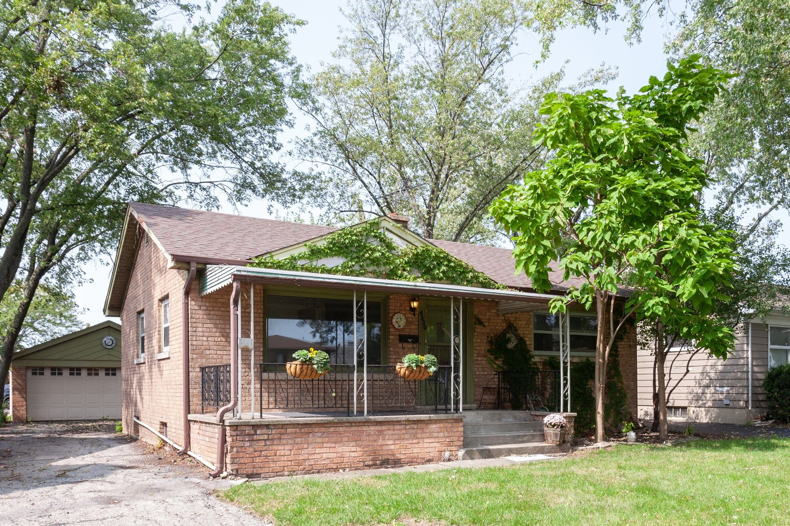 Photo for 4330 Highland Avenue, Downers Grove, IL 60515 (MLS # 10855353)