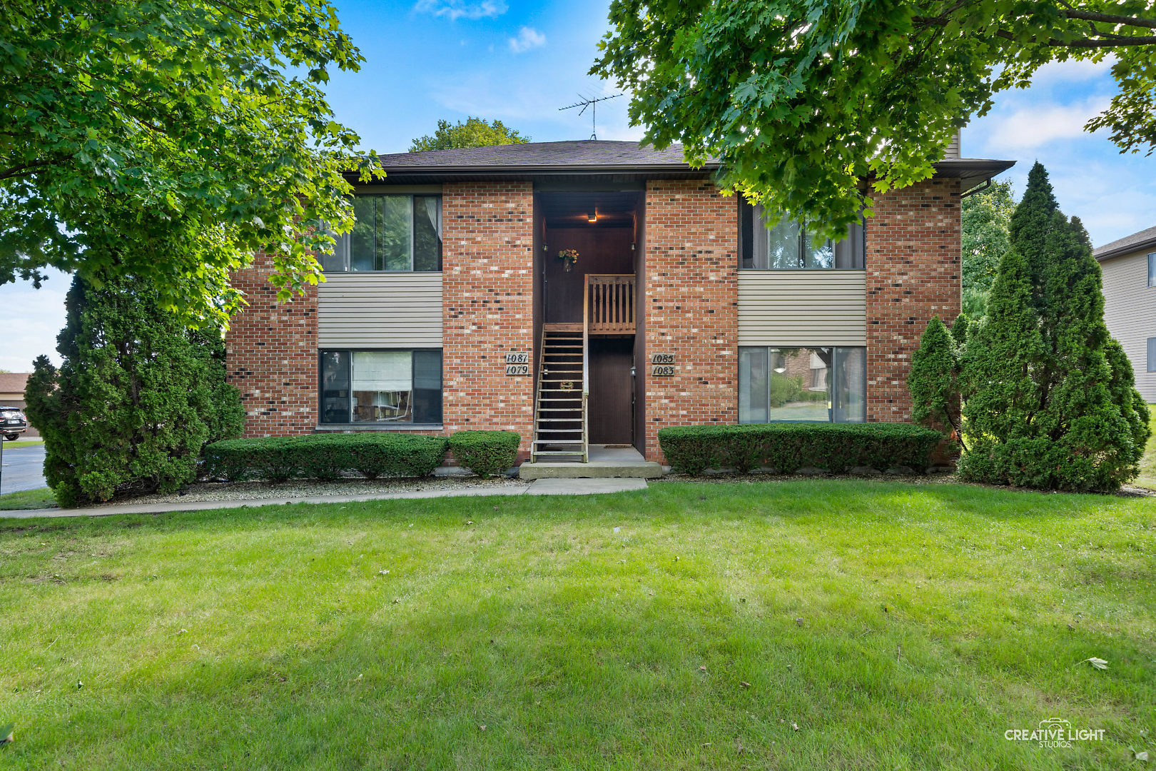 Photo for 1083 Kane Street, Unit Number 1083, South Elgin, IL 60177 (MLS # 10857218)