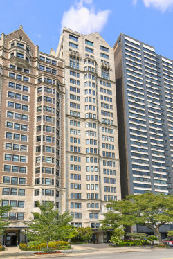 Photo of 1430 N Lake Shore Drive, Unit Number 11, Chicago, IL 60610 (MLS # 10861657)