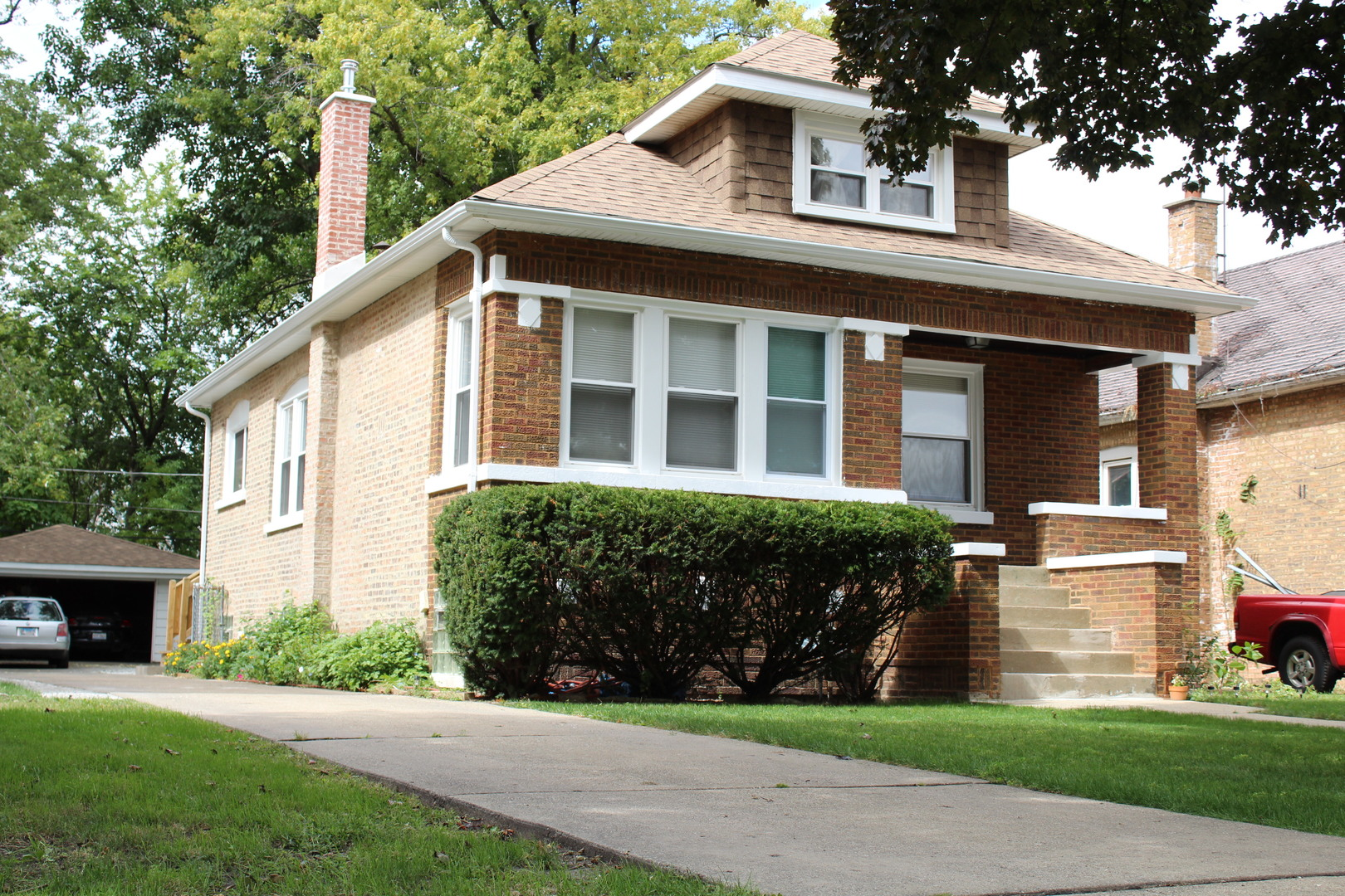 Photo for 818 S 21st Avenue, Maywood, IL 60153 (MLS # 10863341)