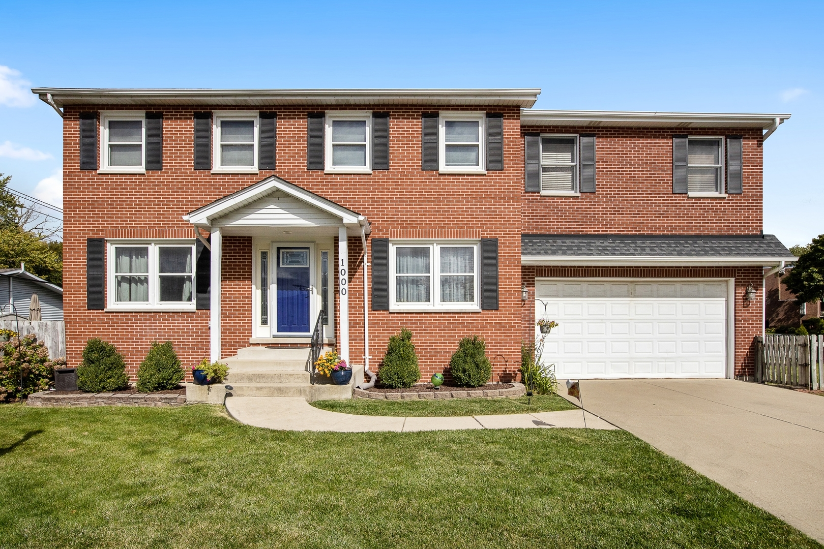 Photo for 1000 Saylor Street, Downers Grove, IL 60516 (MLS # 10883879)