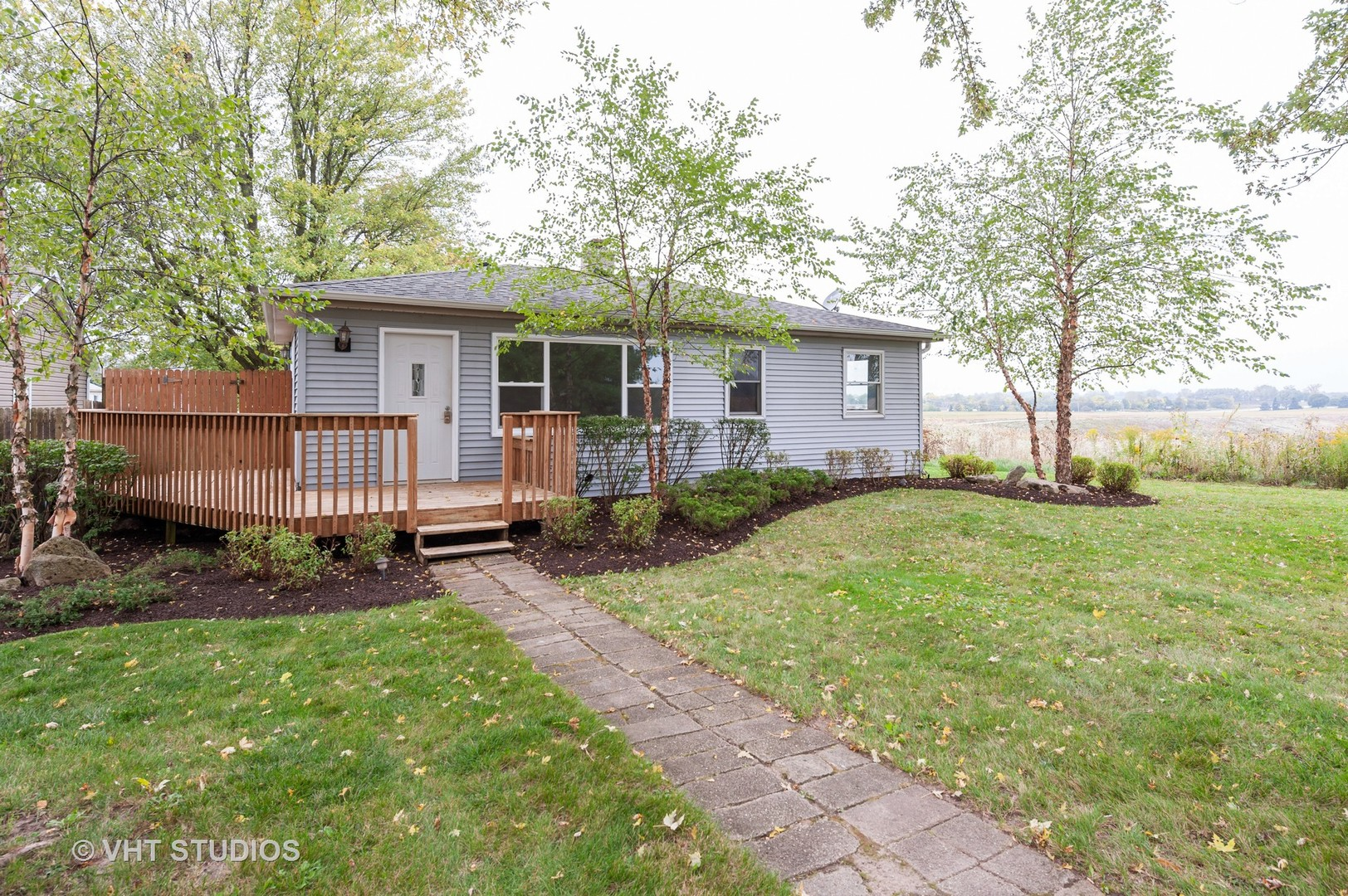 Photo for 9417 3rd Avenue, Cary, IL 60013 (MLS # 10884270)
