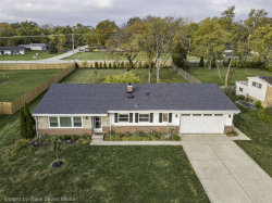 Photo of 6010 Longview Drive, Countryside, IL 60525 (MLS # 10885738)