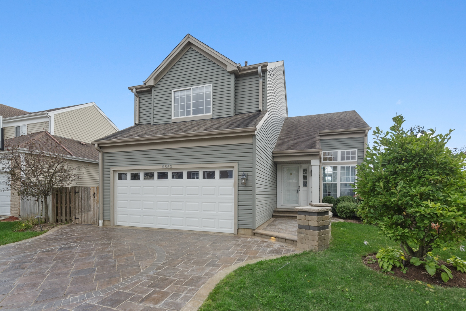 Photo for 5553 Alexandria Drive, Lake In The Hills, IL 60156 (MLS # 10887536)