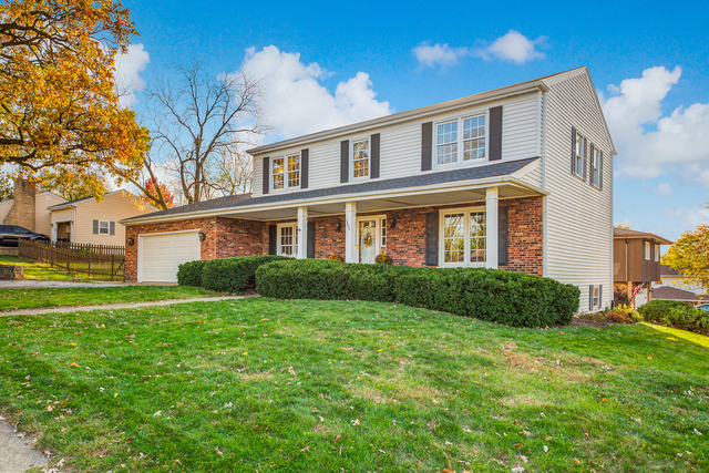 Photo for 3870 Forest Avenue, Downers Grove, IL 60515 (MLS # 10890626)