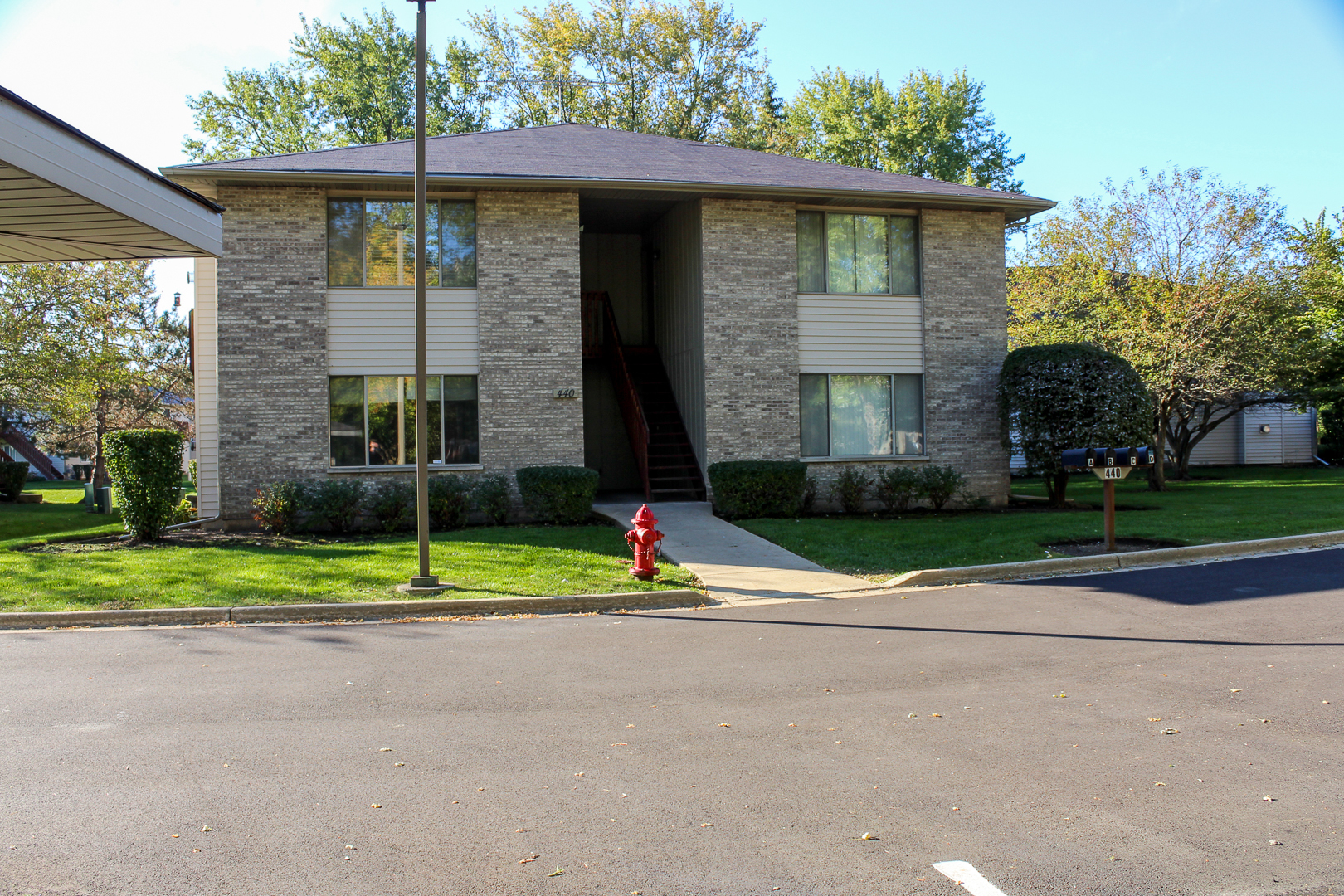 Photo for 440 Westwood Court, Unit Number A, Crystal Lake, IL 60014 (MLS # 10892093)