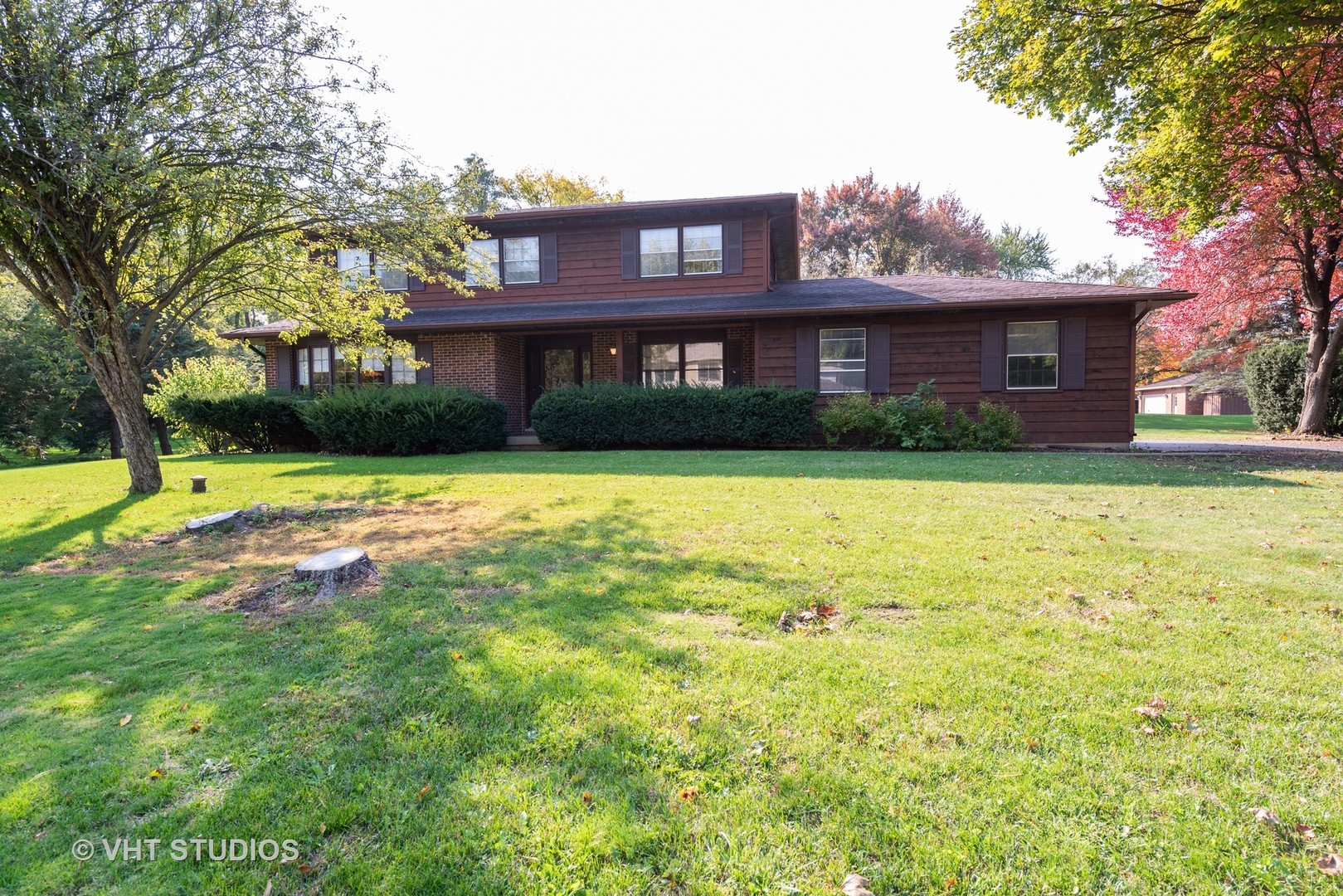 Photo for 4901 Kenneth Drive, Crystal Lake, IL 60014 (MLS # 10901733)