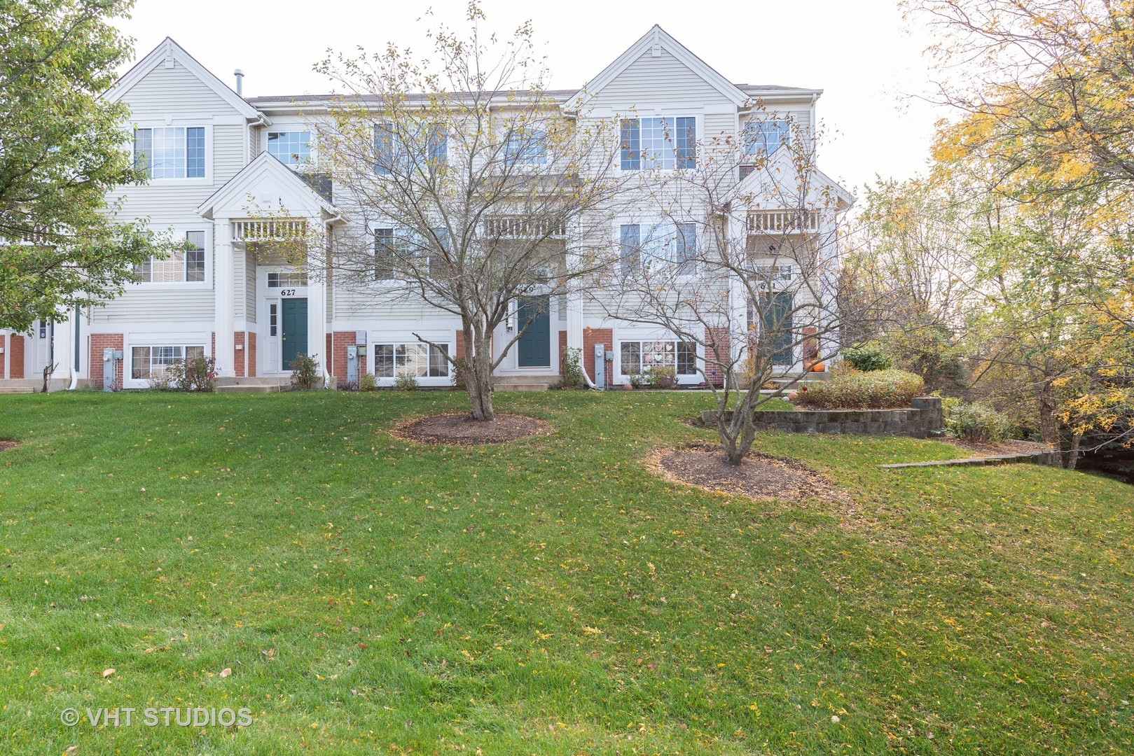 Photo for 629 Cary Woods Circle, Unit Number 629, Cary, IL 60013 (MLS # 10905362)
