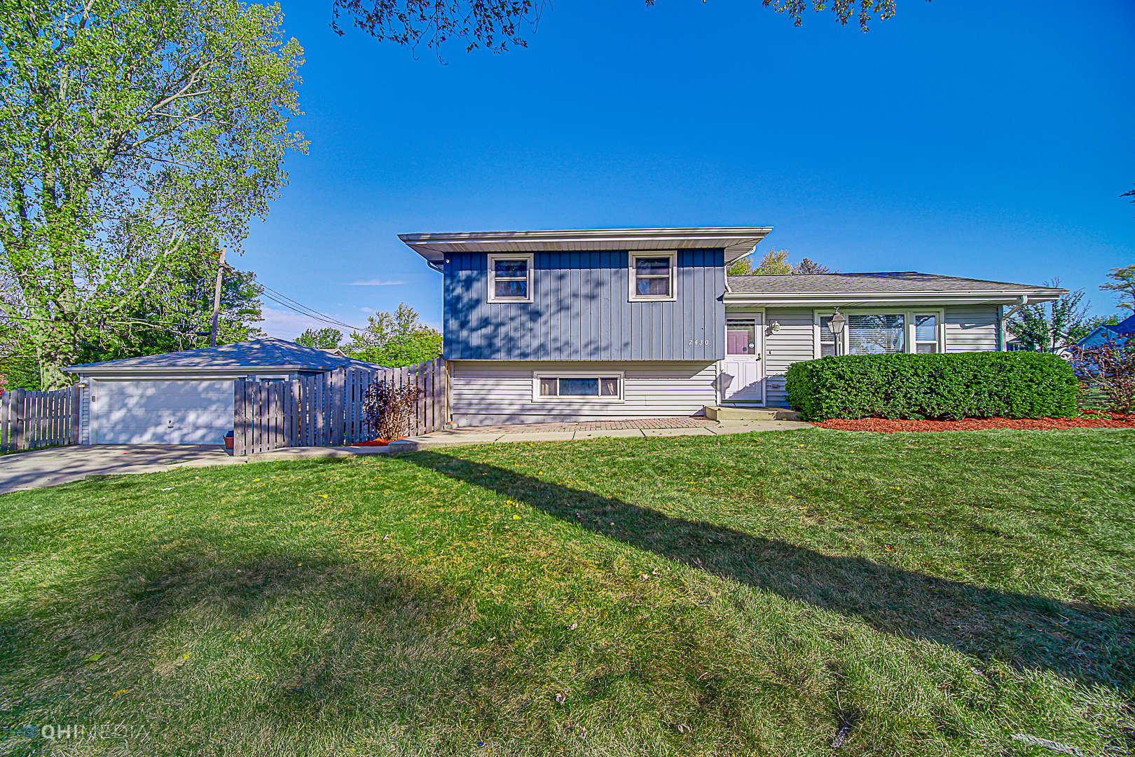 Photo for 2430 61st Street, Downers Grove, IL 60516 (MLS # 10908071)