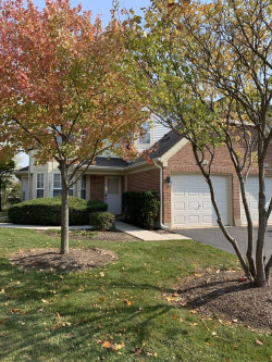 Tiny photo for 507 Pembrook Court N, Unit Number B, Crystal Lake, IL 60014 (MLS # 10908341)