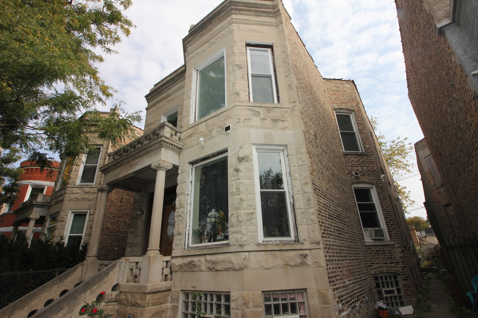 Photo for 6525 S Green Street, Chicago, IL 60621 (MLS # 10910236)