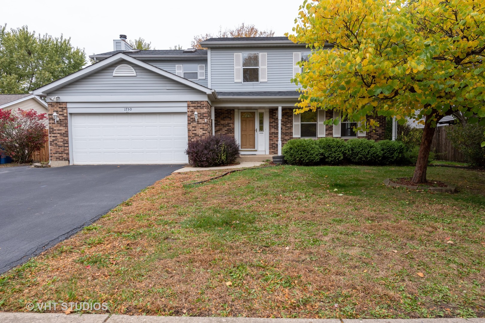 Photo for 1750 Tanglewood Drive, Algonquin, IL 60102 (MLS # 10912885)