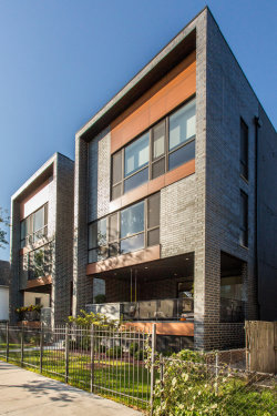 Photo of 3032 W Lyndale Street, Unit Number 2E, Chicago, IL 60647 (MLS # 10919886)