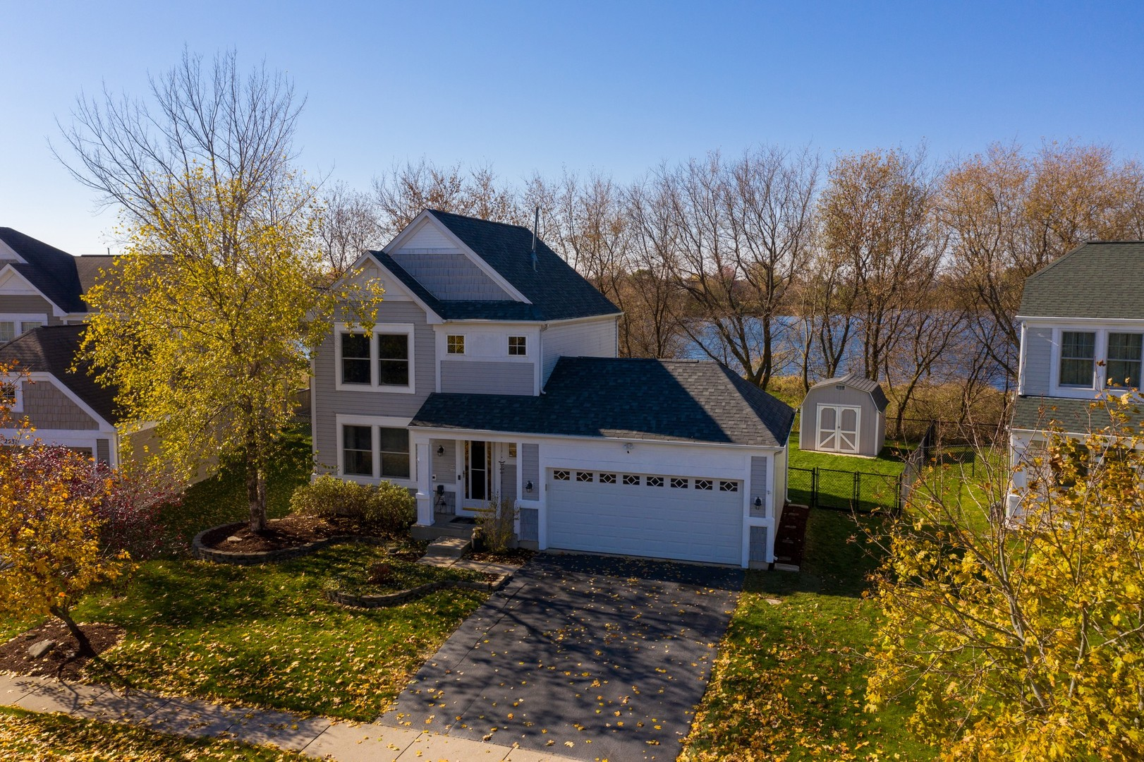 Photo for 2541 Stanton Circle, Lake In The Hills, IL 60156 (MLS # 10930373)