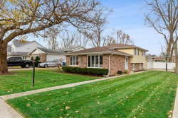 Tiny photo for 1100 Palmer Street, Downers Grove, IL 60516 (MLS # 10932614)