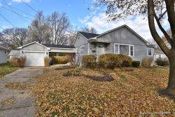 Photo of 80 Mckinley Street, St. Charles, IL 60174 (MLS # 10933008)