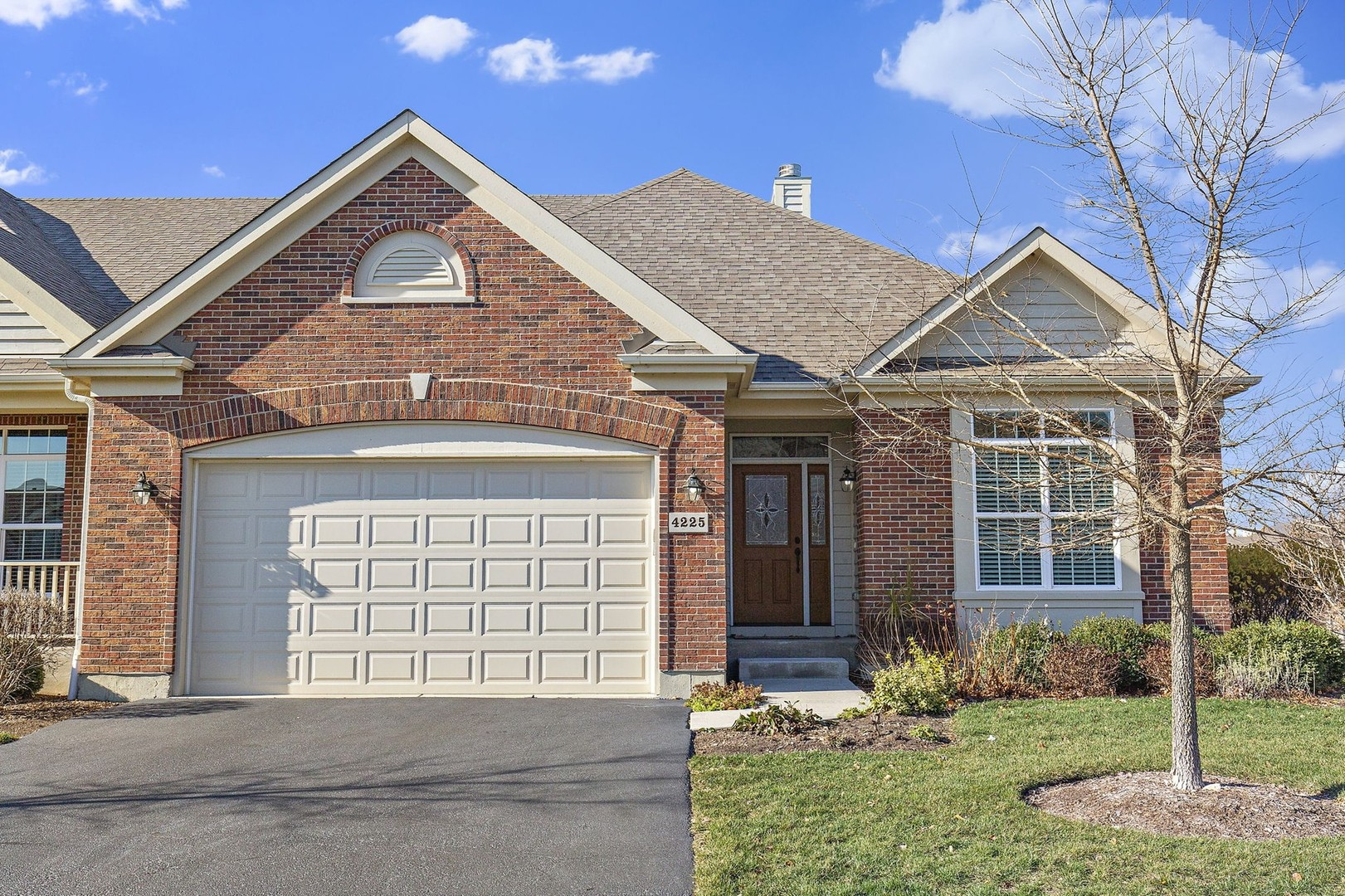 Photo for 4225 Coyote Lakes Circle, Lake In The Hills, IL 60156 (MLS # 10936157)