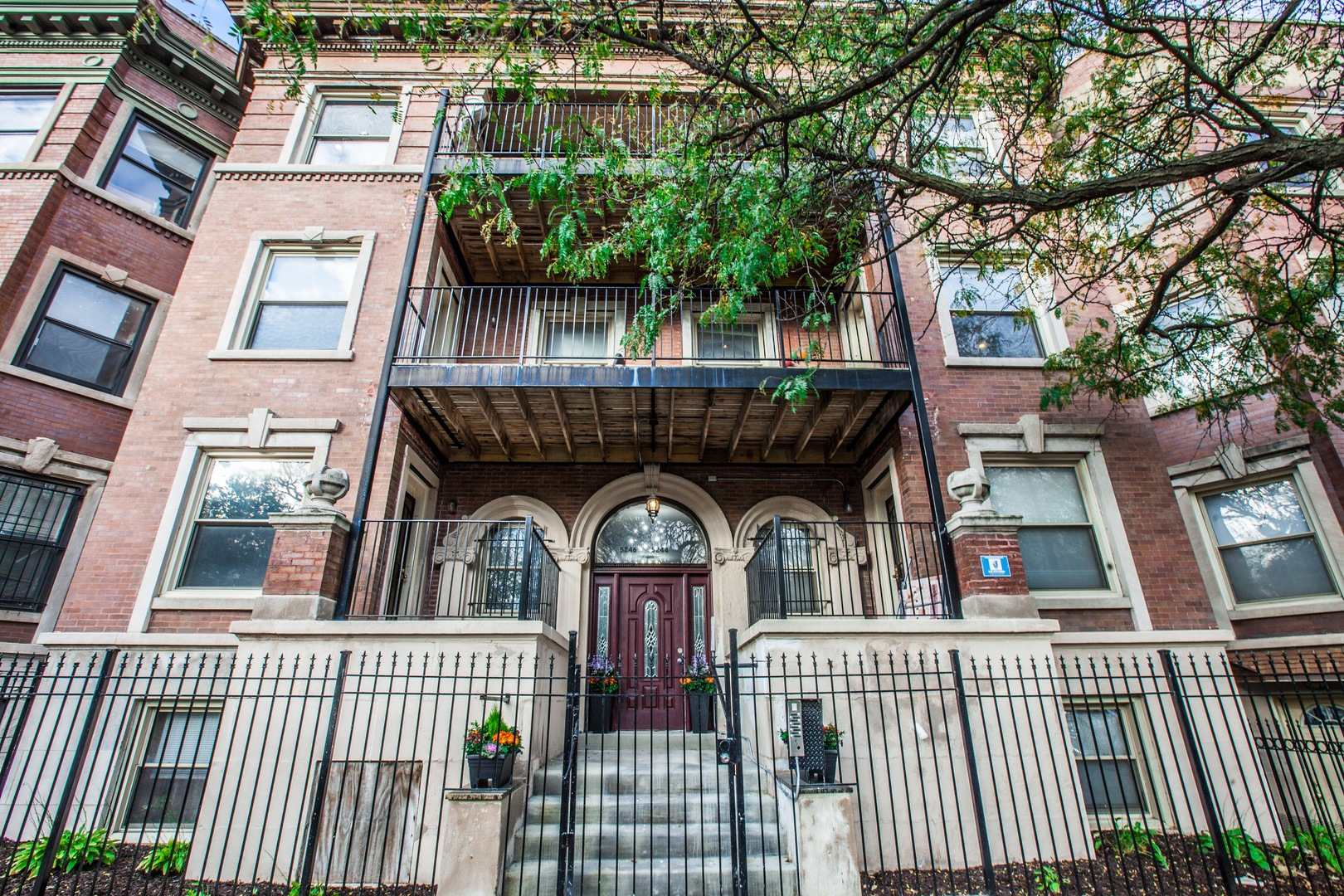 Photo for 5244 S King Drive, Unit Number 3S, Chicago, IL 60615 (MLS # 10939134)