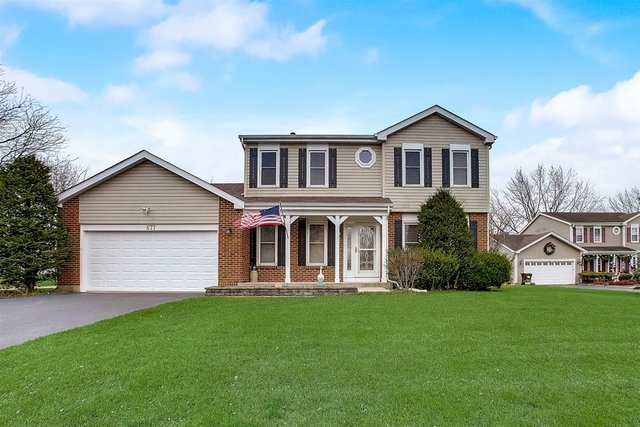 Photo for 677 Auburn Court, Crystal Lake, IL 60014 (MLS # 10943931)
