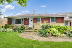 Photo of 4720 Roslyn Road, DOWNERS GROVE, IL 60515 (MLS # 10293030)