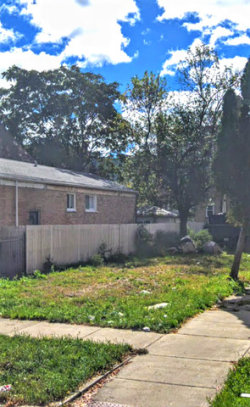 Photo of 4059 W Crystal Street, CHICAGO, IL 60651 (MLS # 10415425)
