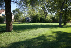 Photo of 1565 S Meyers Road, Lombard, IL 60148 (MLS # 10527081)