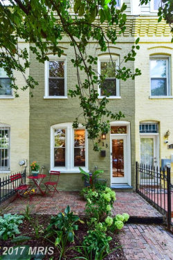 Photo of 913 8TH ST NE, Washington, DC 20002 (MLS # DC10056142)