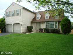 Photo of 2948 EMERALD CHASE DR, Herndon, VA 20171 (MLS # FX10012686)