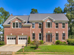 Photo of 13114 CURVED IRON RD, Herndon, VA 20171 (MLS # FX10014460)