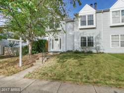 Photo of 14003B FRANKLIN FOX DR, Centreville, VA 20121 (MLS # FX10078958)