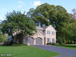 Photo of 2809 GLADE VALE WAY, Vienna, VA 22181 (MLS # FX10084102)