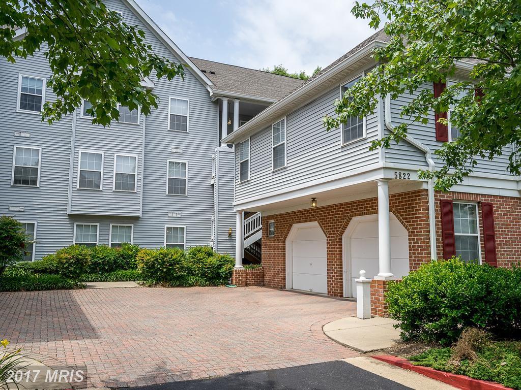 Photo for 5822 WYNDHAM CIR, Unit 304, Columbia, MD 21044 (MLS # HW9979553)