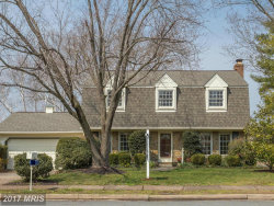 Photo of 124 GOVERNORS DR SW, Leesburg, VA 20175 (MLS # LO10009858)