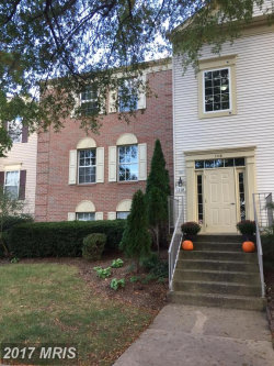 Photo of 1118 HUNTMASTER TER NE, Unit 201, Leesburg, VA 20176 (MLS # LO10080398)