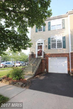 Photo of 42906 GOLF VIEW DR, Chantilly, VA 20152 (MLS # LO9978303)