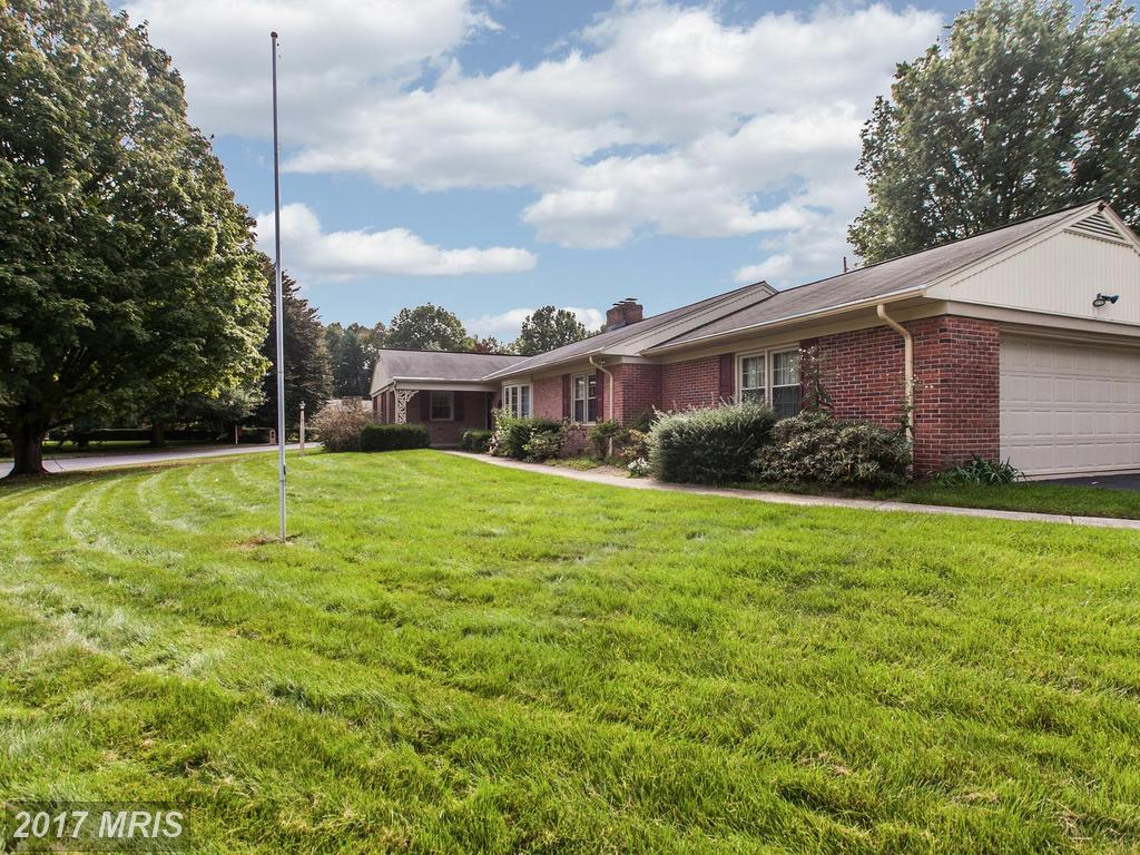 Photo for 13572 DONNYBROOK DR, Hagerstown, MD 21742 (MLS # WA10056909)