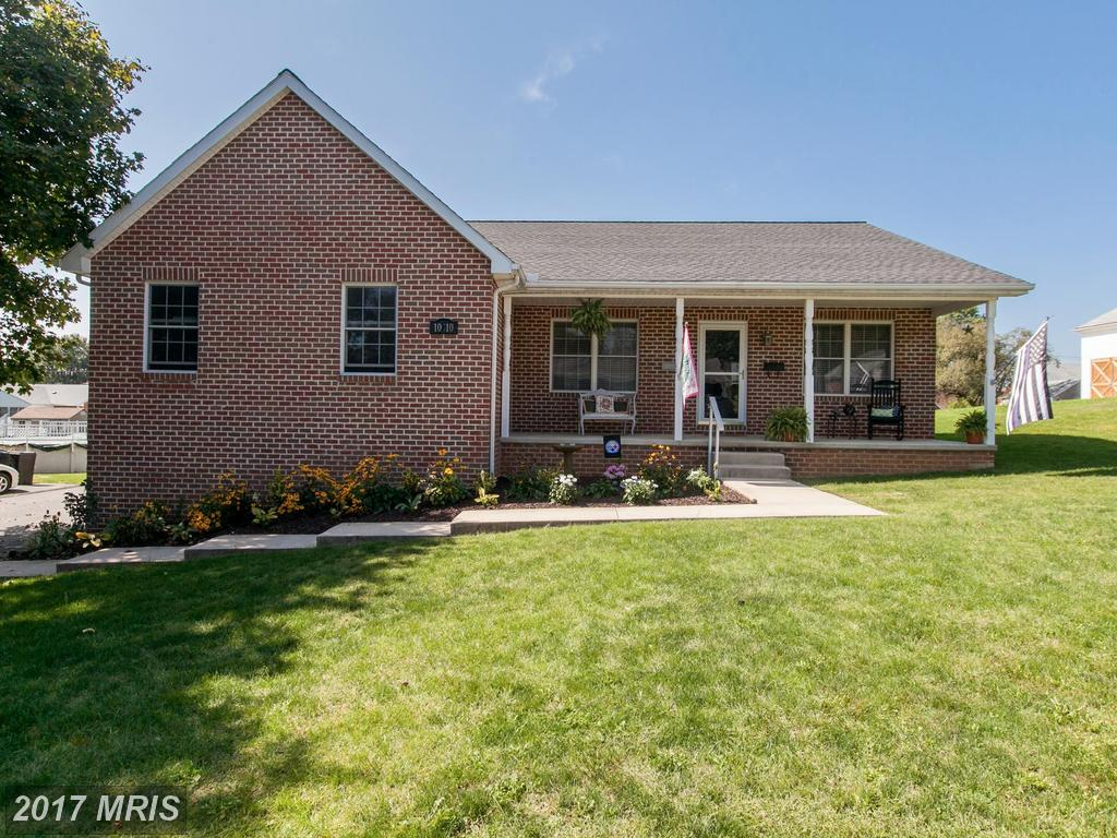Photo for 10910 ROESSNER AVE, Hagerstown, MD 21740 (MLS # WA10067172)
